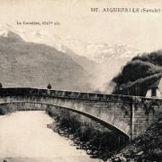 Aiguebelle (Savoie) Le pont sur l'Arc CPA