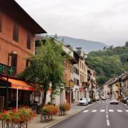 Aiguebelle (Savoie) La rue principale