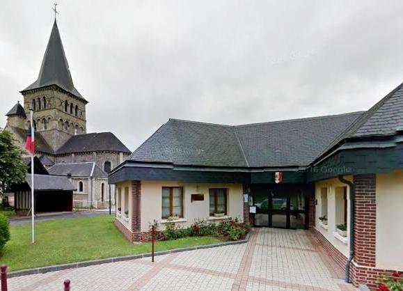 Alvimare (Seine Maritime) Mairie et église