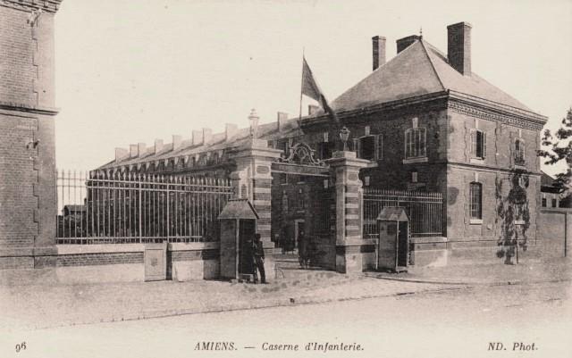 Amiens somme la caserne cpa