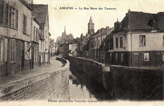 Amiens somme la rue basse des tanneurs cpa