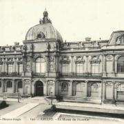 Amiens somme le musee de picardie cpa