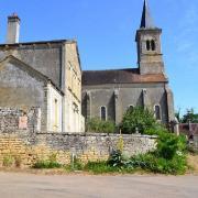 Arthel (Nièvre) L'église Saint Laurent