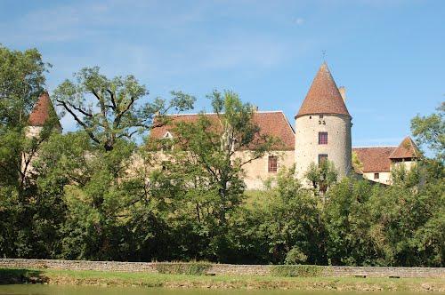 Arthel (Nièvre) Le château de la Motte