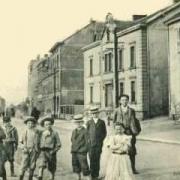 Audun-le-Tiche (Moselle) La rue de la poste CPA