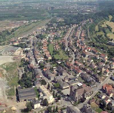 Audun-le-Tiche (Moselle) Vue aérienne en 1998