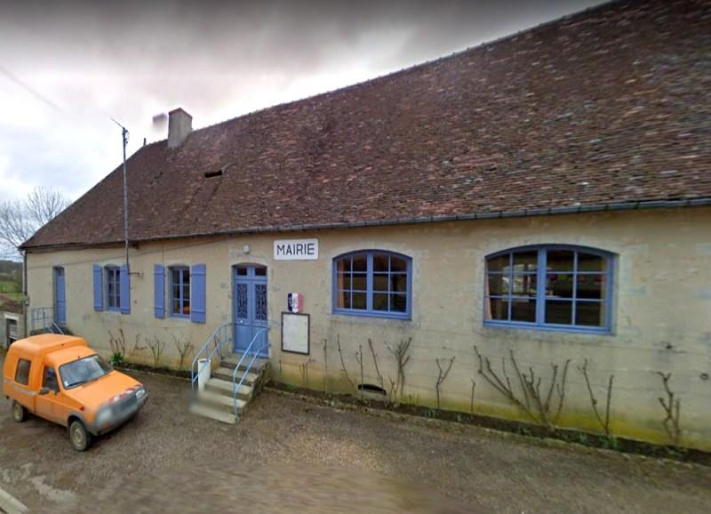 Aunay-en-Bazois (Nièvre) La mairie