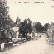 Aunay-en-Bazois (Nièvre) La grande rue CPA