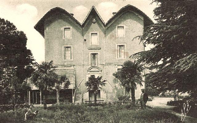 Autignac (Hérault) CPA Le château de Lavit