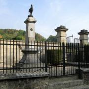 Autreches oise monuments aux morts