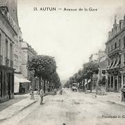 Autun (Saône-et-Loire) L'avenue de la Gare CPA