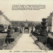 Autun (Saône-et-Loire) L'école de Cavalerie CPA