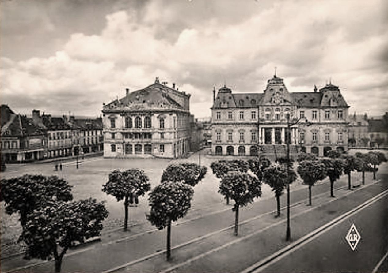Autun (Saône-et-Loire) L'Hôtel de ville CPA
