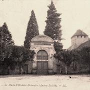 Autun (Saône-et-Loire) Le musée d'histoires naturelles CPA