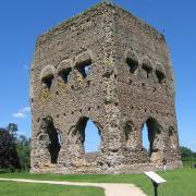 Autun (Saône-et-Loire) Le temple de Janus