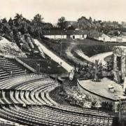 Autun (Saône-et-Loire) Le théâtre romain CPA