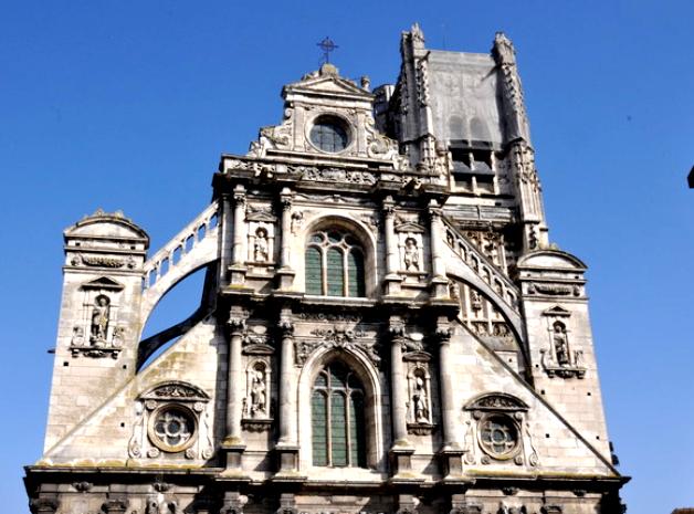 Auxerre (89) L'église Saint-Pierre