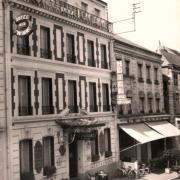 Auxerre (89) L'Hôtel de la Fontaine CPA