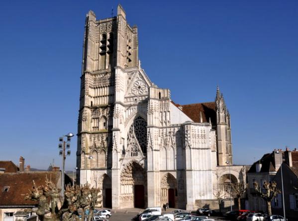 Auxerre (89) La Cathédrale Saint-Etienne