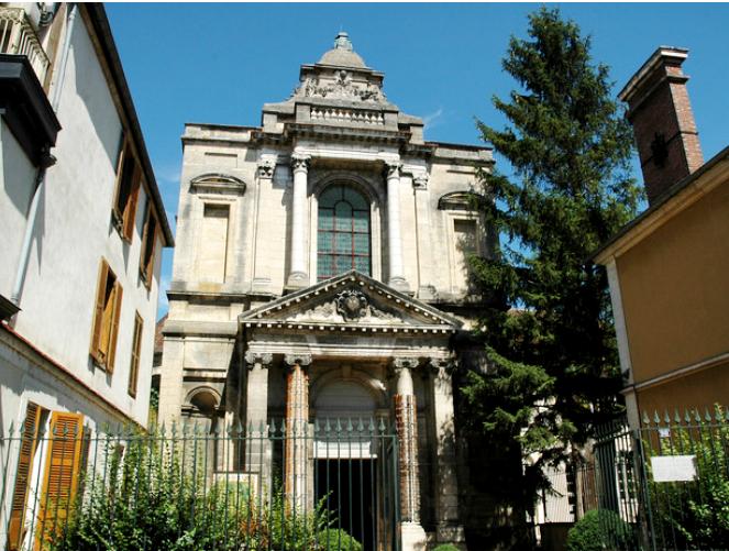 Auxerre (89) La Chapelle des Visitandines