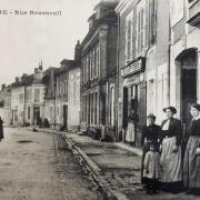 Auxerre (89) La Rue Bourneuil CPA