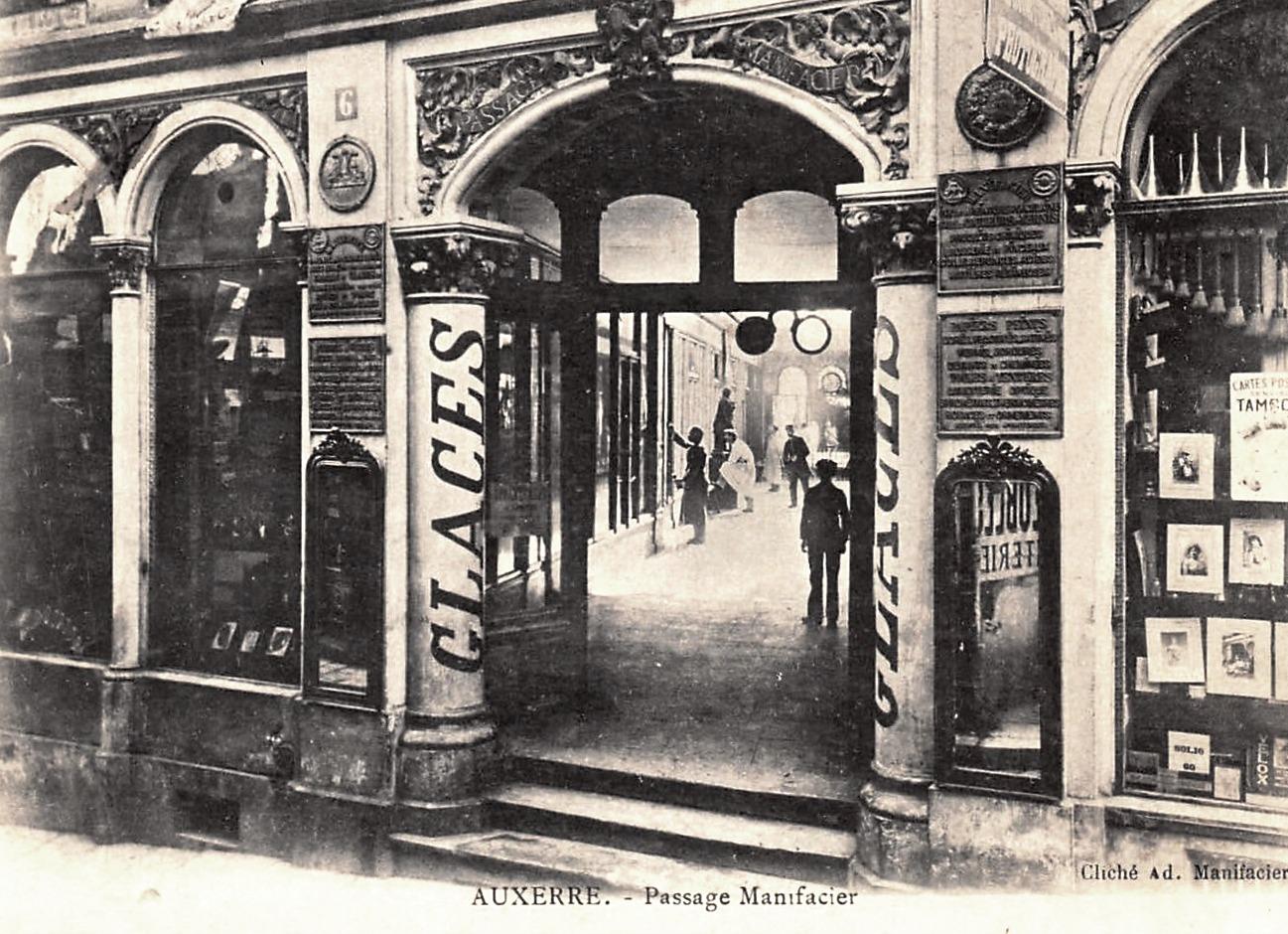 Auxerre (89) Le passage Manifacier CPA