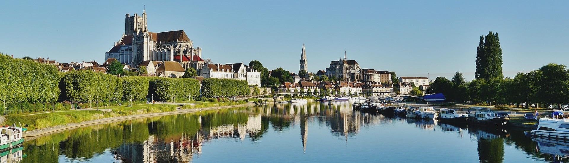 Auxerre (89) Panoramique depuis le pont Paul Bert