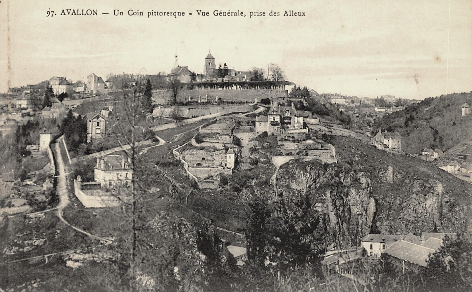 Avallon (89) Vue générale CPA