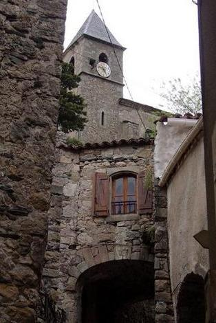 Avène (Hérault) L'église Saint Martin