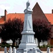 Avesnes les aubert 59 le monument aux morts