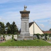 Awoingt 59 le monument aux morts