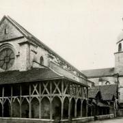Bar-sur-Aube (10) L'église Saint-Pierre, l'Halloy CPA