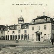 Bar-sur-Aube (10) L'Hôtel de Ville CPA