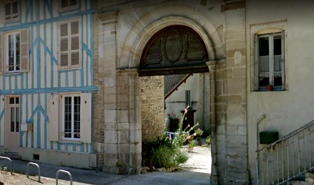 Bar-sur-Aube (10) Le prieuré