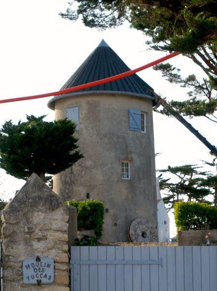 Barbâtre (Vendée) Moulin des Yuccas