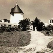 Barbâtre (Vendée) Moulin du bourg CPA