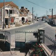 Barbâtre (Vendée) Place de la mairie vers 1980
