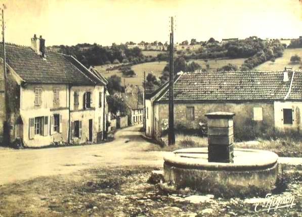 Baulne-en-Brie (Aisne) CPA La place du village