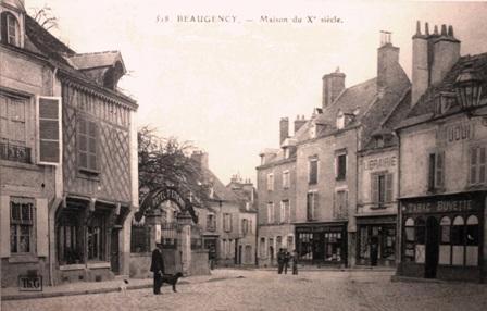 Beaugency (45) Hôtel Saint-Etienne et vieilles maisons CPA