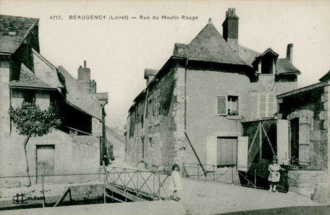 Beaugency (45) Rue du Moulin Rouge CPA