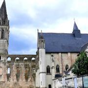 Beaulieu-lès-Loches (37) Eglise Saint Pierre-Saint Paul