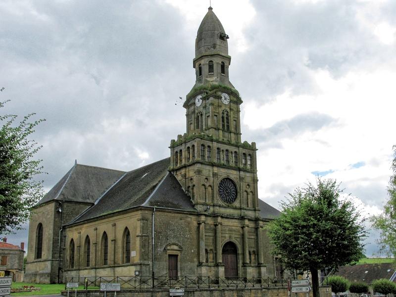 Beaumont-en-Argonne (08) Eglise Saint-Jean Baptiste