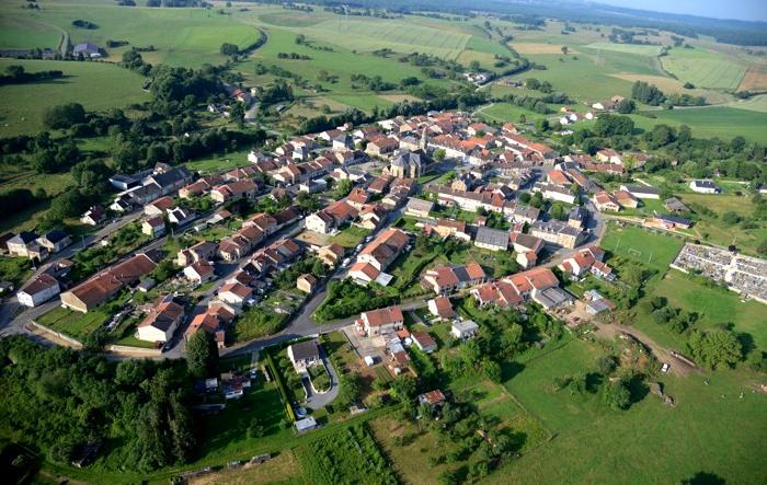 Beaumont-en-Argonne (08) Vue générale