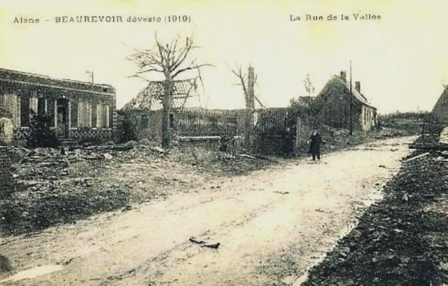 Beaurevoir aisne cpa rue de la vallee