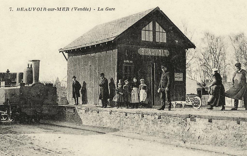 Beauvoir-sur-Mer (Vendée) Gare CPA