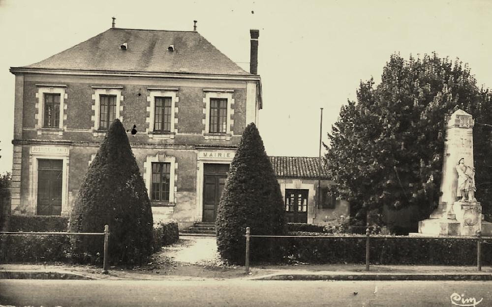Beauvoir-sur-Mer (Vendée) Mairie CPA
