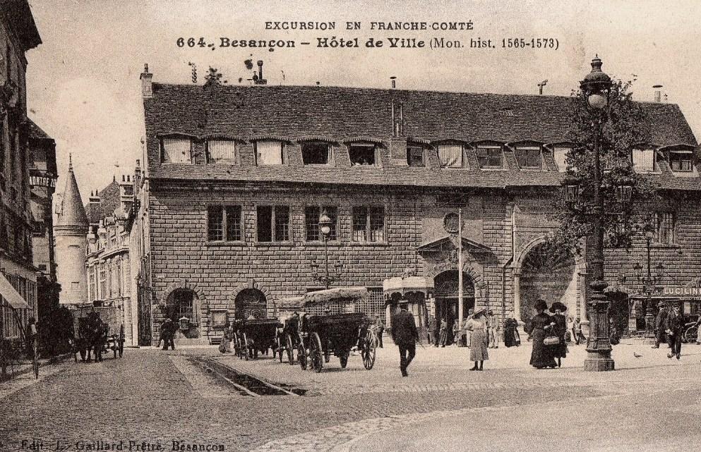 Besançon (Doubs) L'Hôtel de Ville CPA