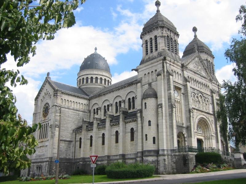 Besançon (Doubs) La basilique Saint Ferjeux