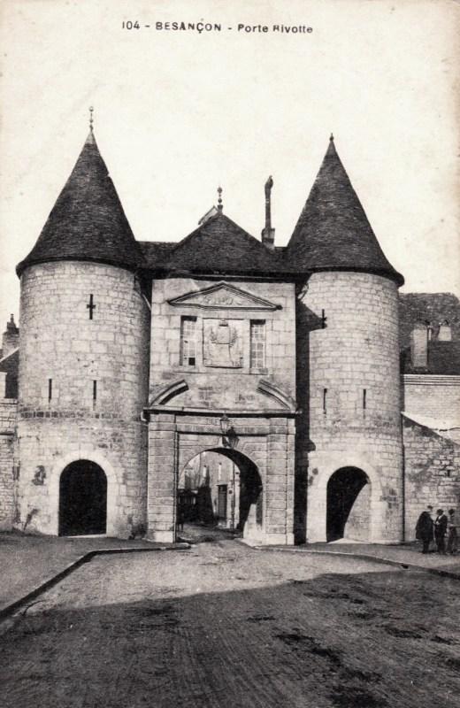 Besançon (Doubs) La porte Rivotte CPA