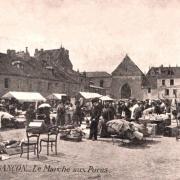 Besançon (Doubs) Le marché aux puces CPA